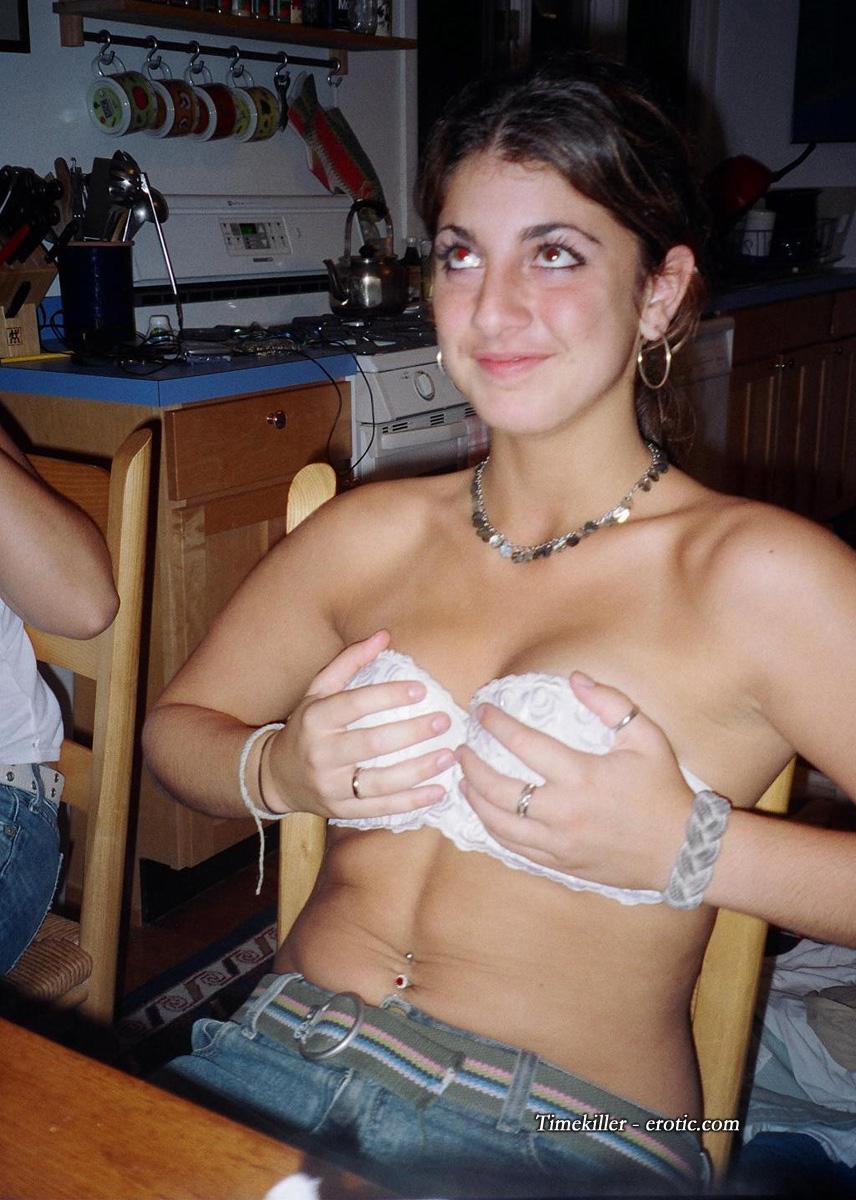 Amateur strippoker